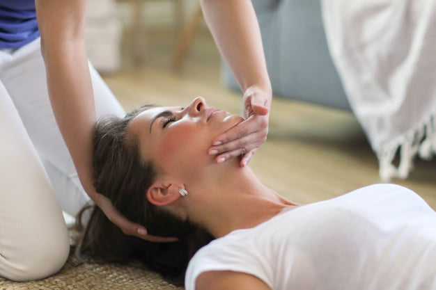 Elbow pain? Get help from a Chiropractor